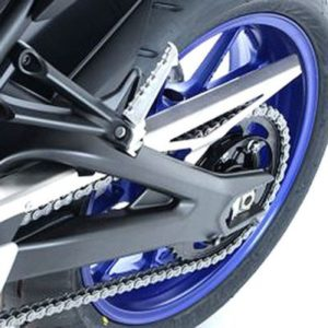 osłona-łańcucha-rg-yamaha-tracer-900-gt-srebrna-monsterbike-pl