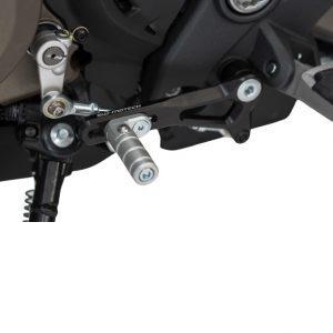 dźwignia-zmiany-biegów-sw-motech-ducati-monster-821-1200-R-14-supersport-17-czarna-srebrna-monsterbike-pl