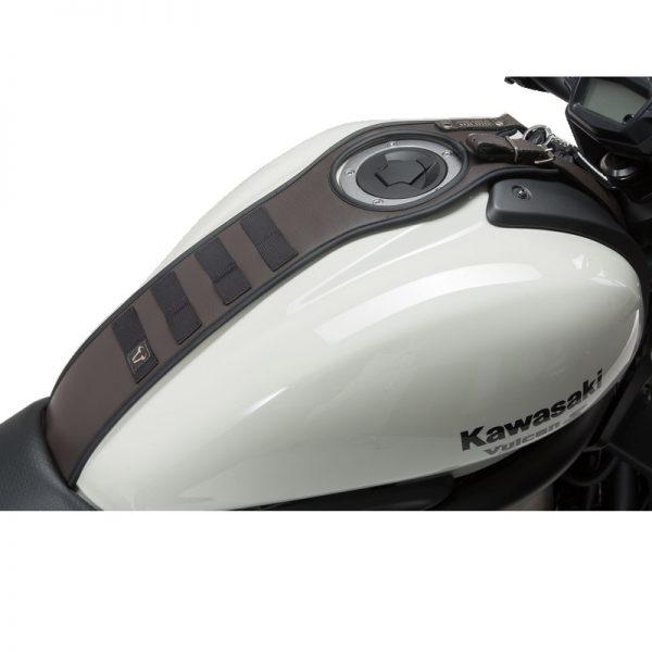 pas-mocujący-torby-akcesoryjne-sla-legend-gear-sw-motech-kawasaki-vulcan-s-16-brązowy-monsterbike-pl