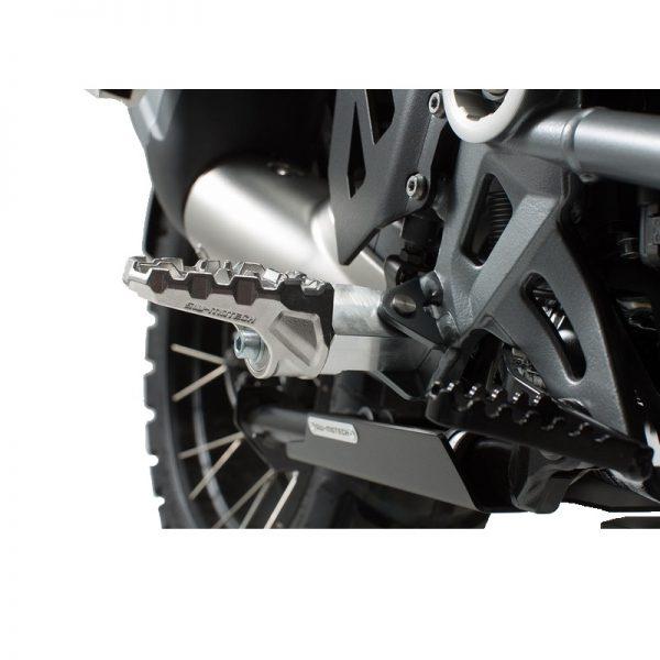 podnóżki-evo-sw-motech-ktm-models-monsterbike-pl-4