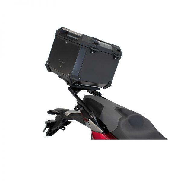 zestaw-kufra-centralnego-trax-adv-sw-motech-bmw-f-650-700-800-gs-38l-czarny-monsterbike-pl-2