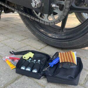 zestaw-naprawczy-do-przebitych-opon-bezdętkowych-aa0124-akcesoria-motocyklowe-warszawa-monsterbike-pl